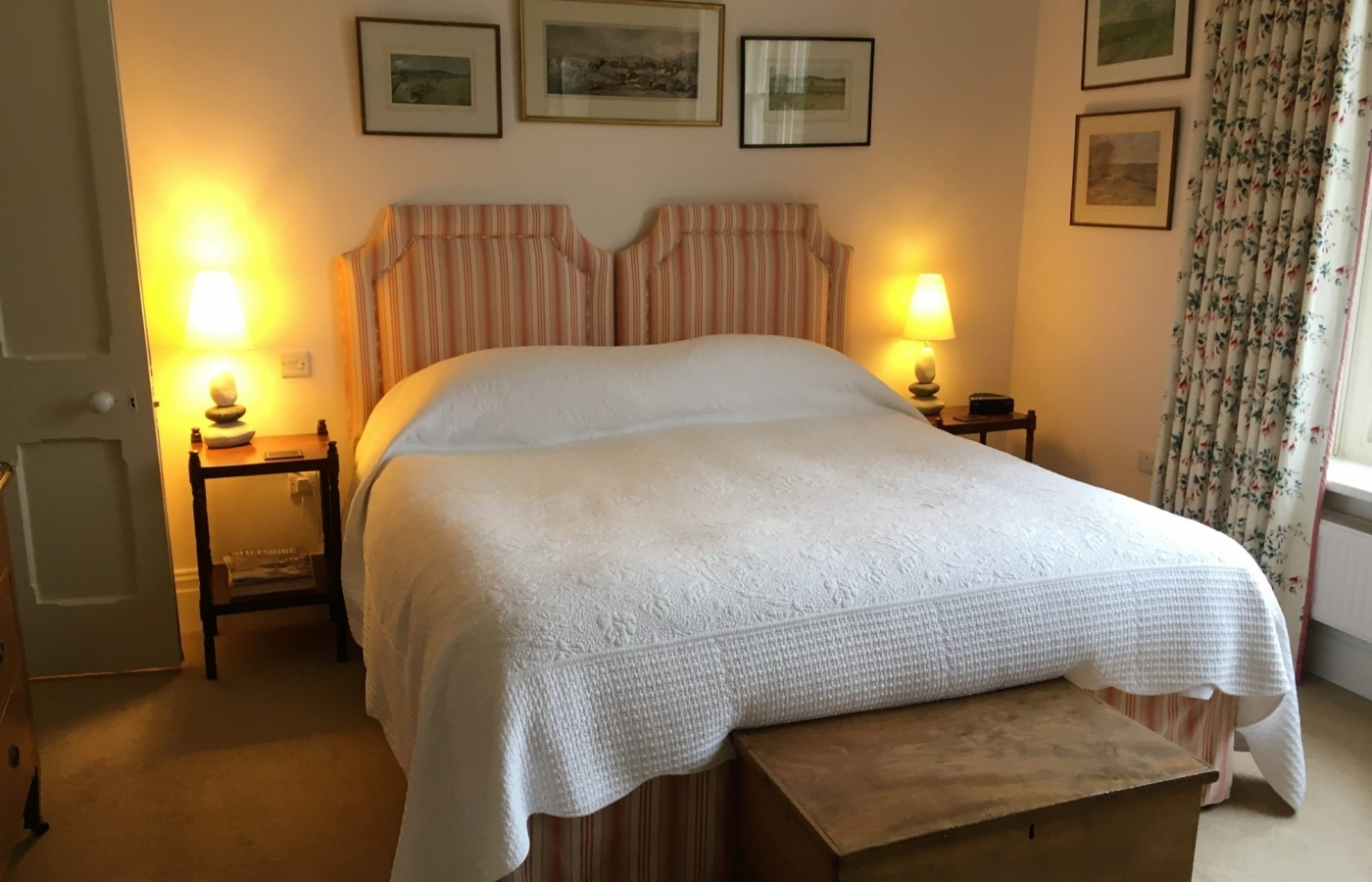 Need a place to stay for the weekend? Check our special offers